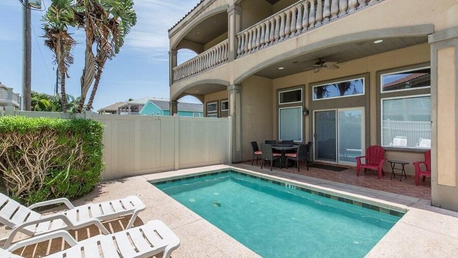 Casa Picasso - 3 Br Home w/ private pool