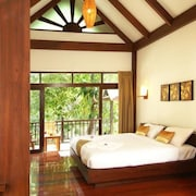 Beautiful Sea View Homely Deluxe Room