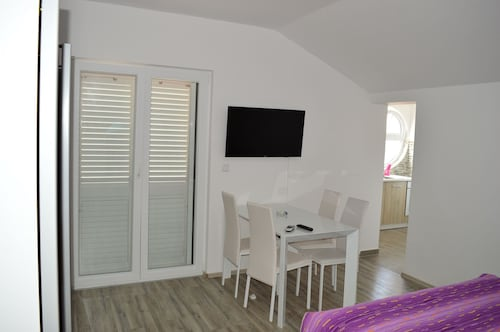 Apartments Slavica Bilice