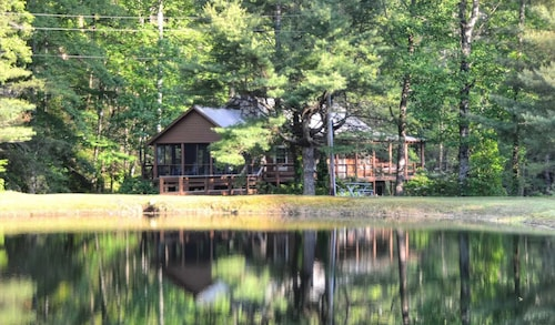 Rippling Waters Lodge - 3 Br Cabin