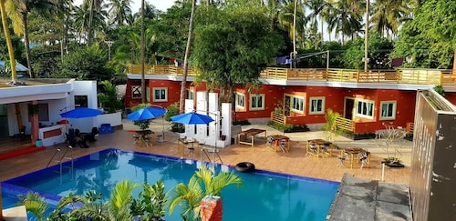 Blue Water Resort Hotel