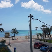 Sunny Beach Apartment on Hollywood Beach !!!