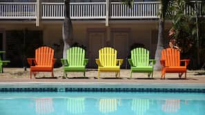 Outdoor pool, open 9:00 AM to 6:00 PM, sun loungers