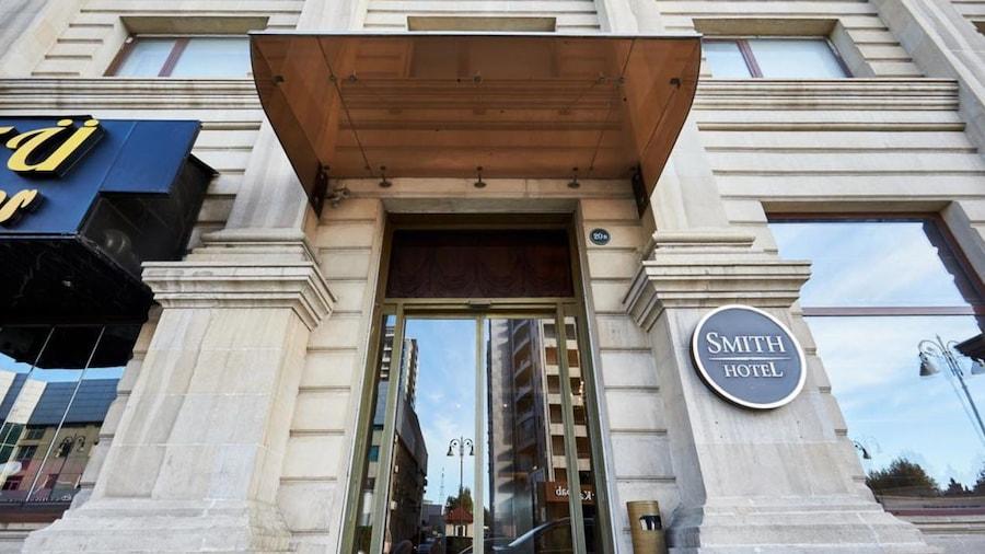 Smith Hotel
