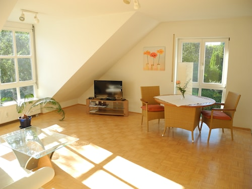Modern, Bright 2-room Apartment in the Schützenstraße About 250 Meters From the old Town