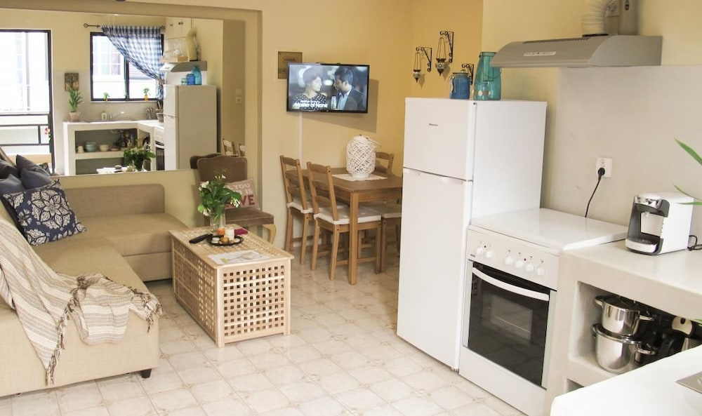 Private Kitchen, Rodos Backpackers