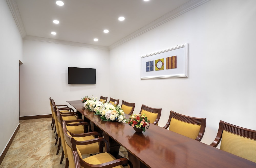 Meeting Facility, GoldOne Hotel & Suites