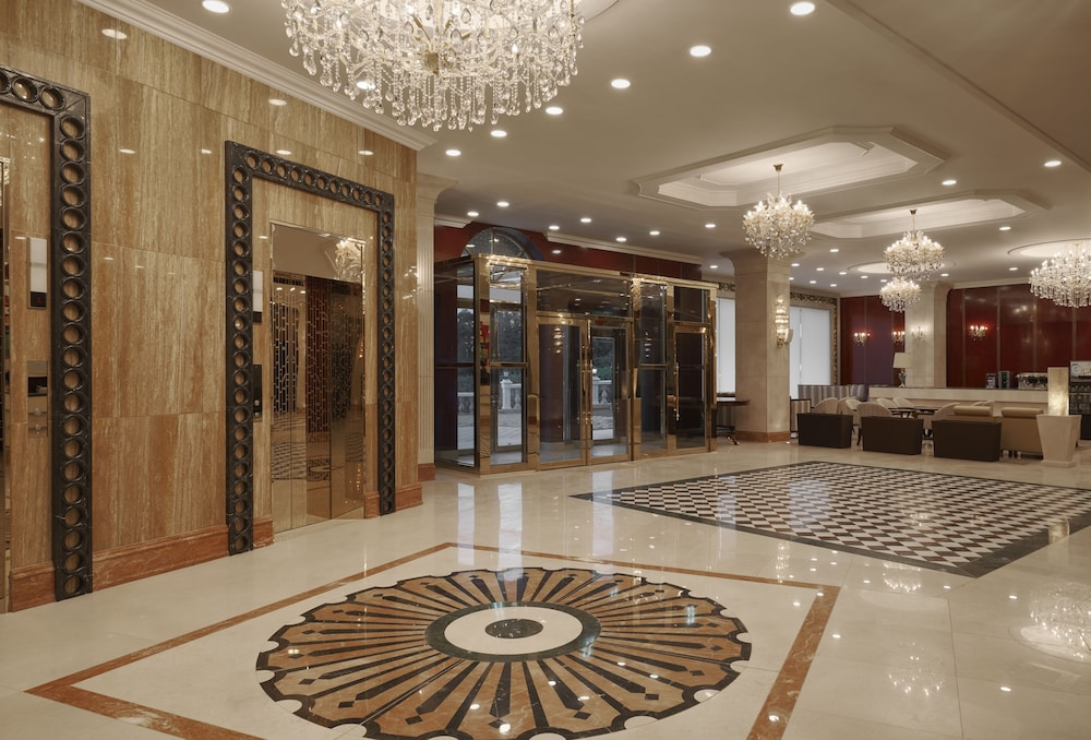 Lobby, GoldOne Hotel & Suites