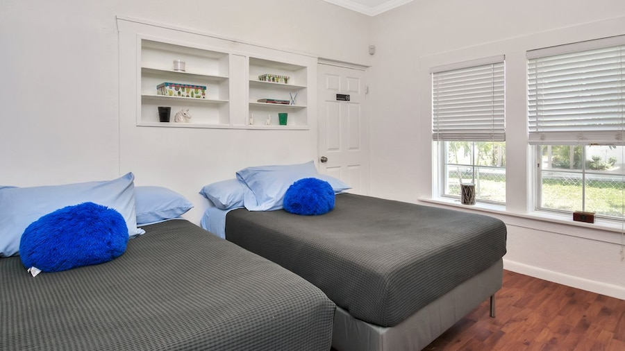 Lovely Apartment 10mins From Beach, 2mins to Mall