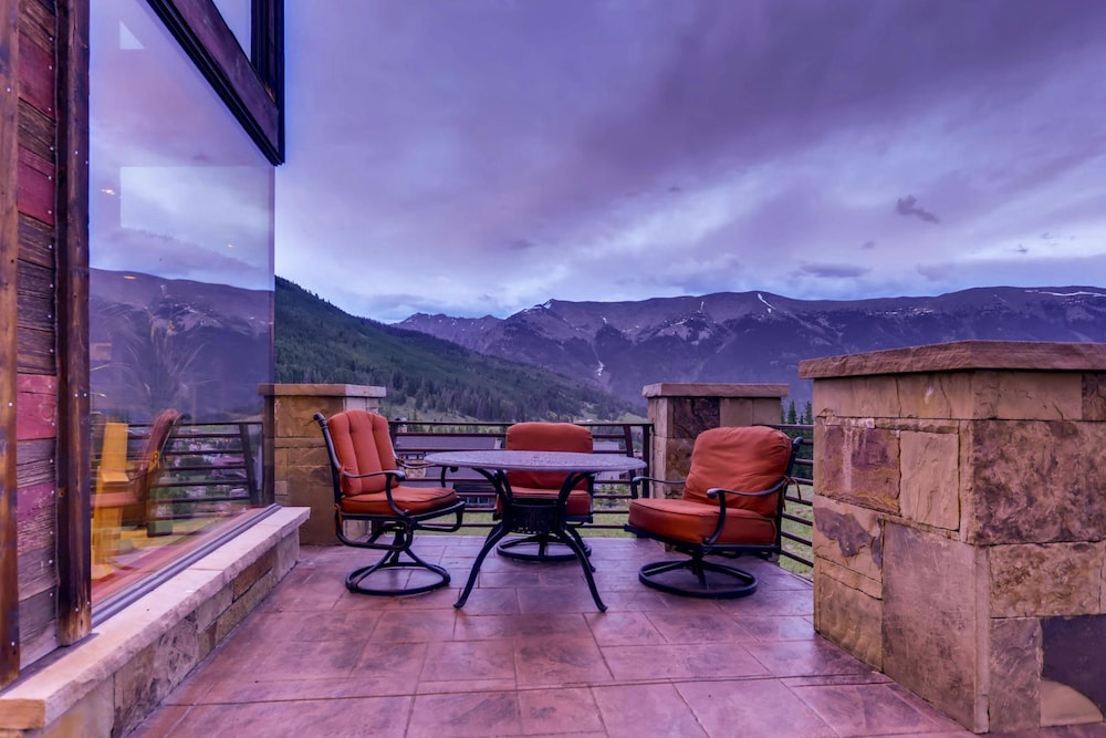 Balcony, Snow Maker Manor: Pet-friendly, True Ski-in/out, Hot Tub, Theater, Pool Table
