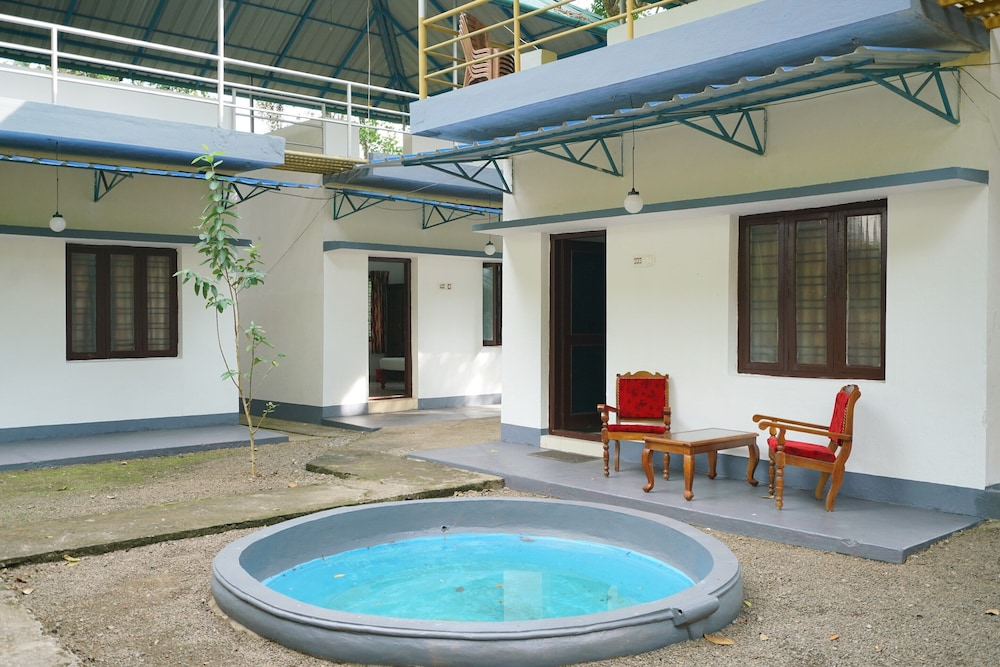 , Nice Plantation Cottage Stay/munnar