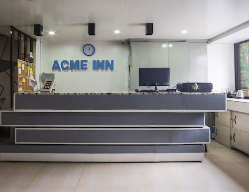 ZEN Rooms Acme Inn Subic