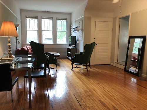 #5, Apt in Beautiful 1908 House, Private Apt, Candler Park, Lake Claire