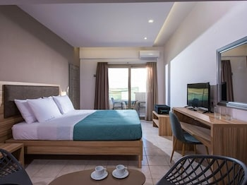 Thania Seaside Luxury Hotel - Adults Only
