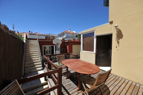 House With 5 Bedrooms in Lisbon, With Wonderful City View, Enclosed Garden and Wifi