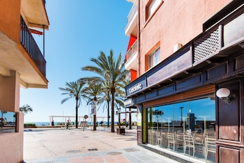 RentAndHomes Fuengirola Beach Apartment