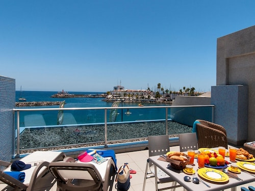 Beach Front Aparment. in Mogan MB