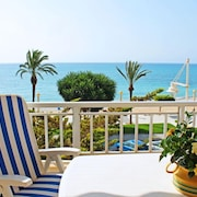Altea Apartment, Sleeps 4 With Air Con and Free Wifi
