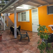 House With 2 Bedrooms in Terre de Haut, With Wonderful sea View, Enclosed Garden and Wifi - 100 m From the Beach