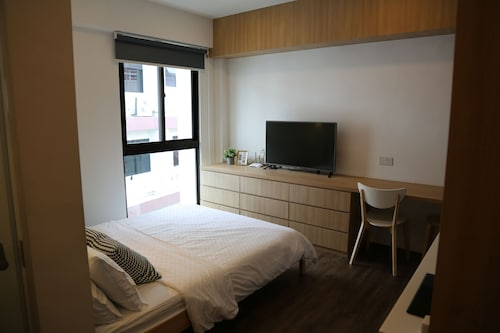 Self-contained Fully Furnished Studio With Housekeeping