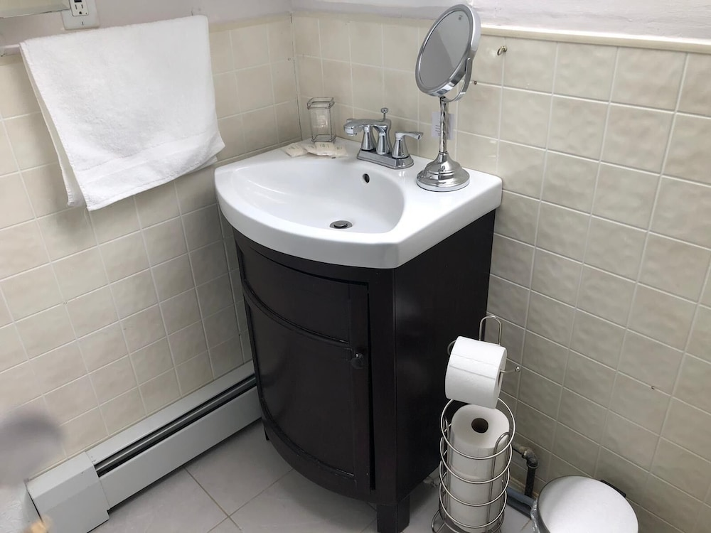 Bathroom, Convenient and Cozy 2 Bedroom Near Assembly Row-3rd Floor