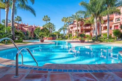 107414- Apartment in Marbella
