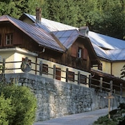 Valcastello Polo Club Chalet for 4 + 4 People