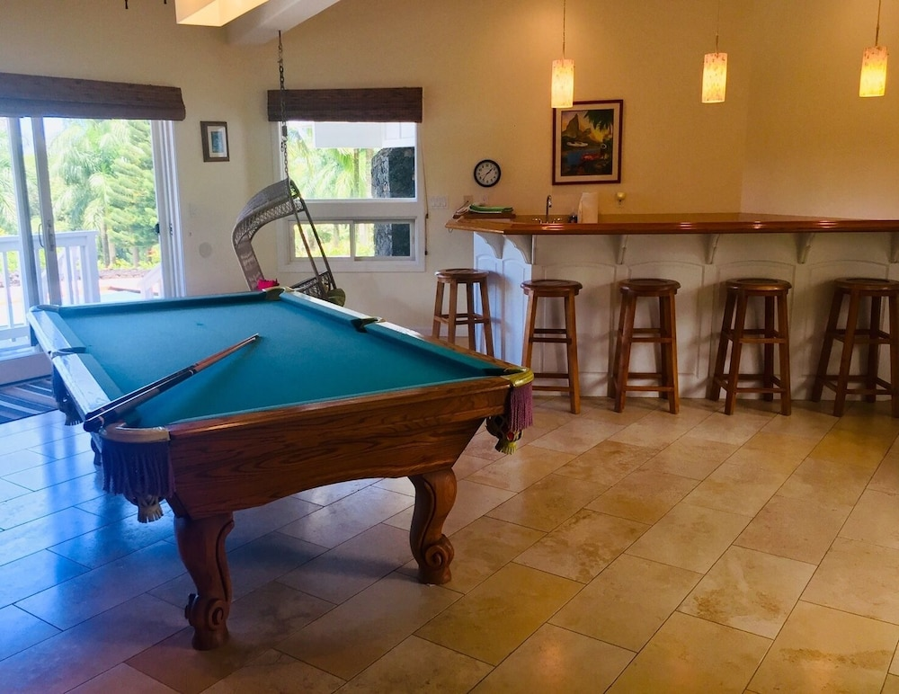 Game Room, Hawaii Life Rentals Presents Spacious Luxury and Privacy on 7 Acres!