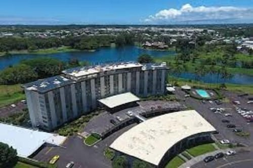 Downtown Hilo Condo Walk to Bay, Beaches, Parks