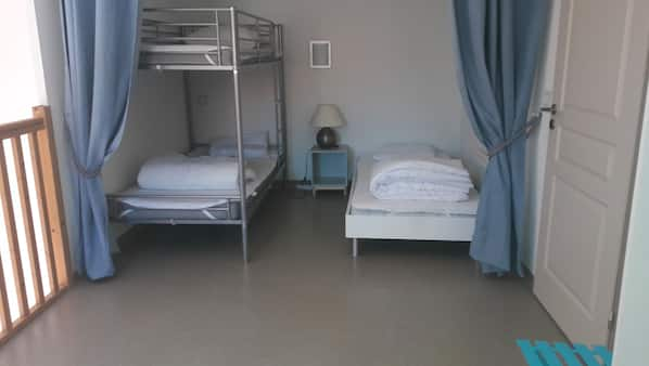 2 bedrooms, WiFi, wheelchair access