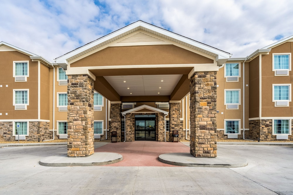 Property Entrance, Cobblestone Inn & Suites - Kermit