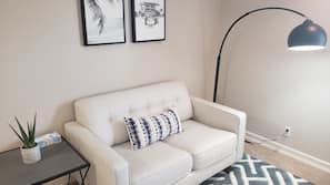 1 多间卧室、熨斗/熨衣板、上网接入、床单