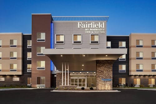 Fairfield Inn & Suites by Marriott Milwaukee West