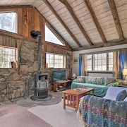 Private Rustic Home, 10 Min. to Bromley Mtn!