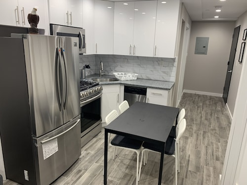 Beautiful 1 br in the Heart of Brooklyn Minutes Away From Everything!!!