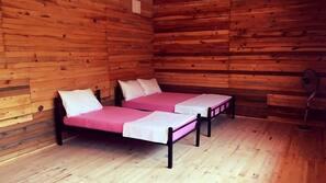 Verdunkelungsvorhänge, schallisolierte Zimmer, Bettwäsche