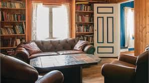 TV og peis