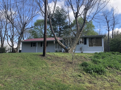 Cozytown Cottage/horse Property Near Whitetail Ski Resort