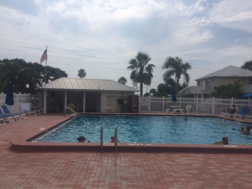 Oyster Pointe Time Share Rental on the Intracoastal in Sebastian Fl