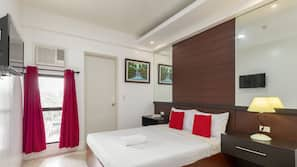 책상, 간이 침대, 무료 WiFi, 침대 시트