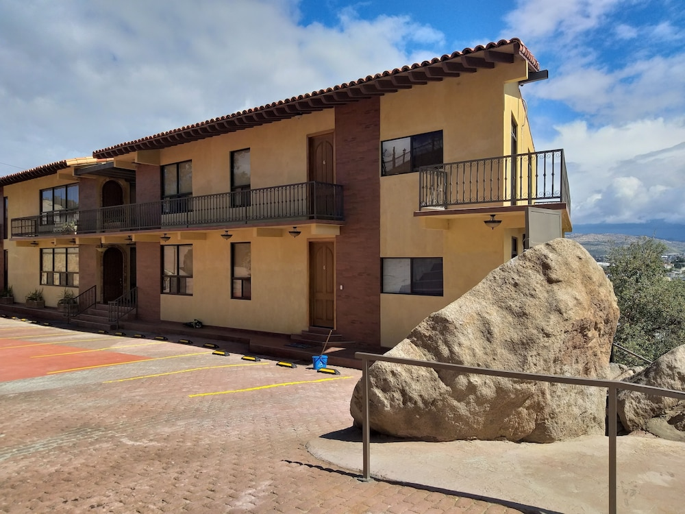 Front of Property, Short Stay Tecate Hotel Boutique