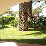 Pals, Ground Floor Apartment for 4 People, Only 40 m From the Beach