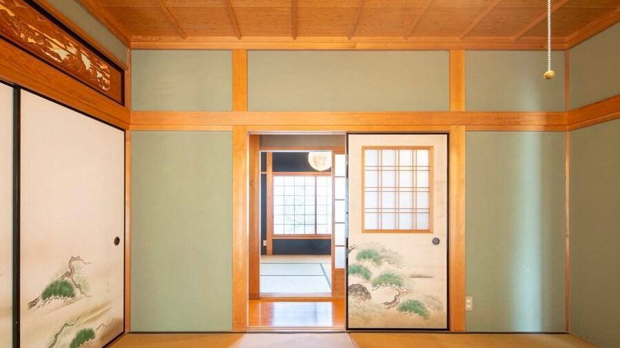 Sano-san-chi-Waraku