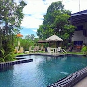 Riverside Luxury Pool Villa 88 Place