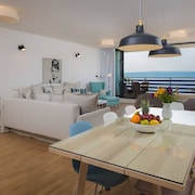 Sun Spalato Views - Apartment With Balcony and sea View