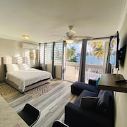 Newly Renovated Beautiful Beachside Studio in Luquillo With Wifi