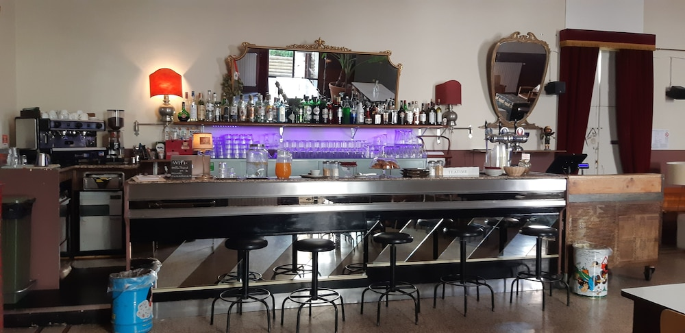 Bar, Ostello Tasso