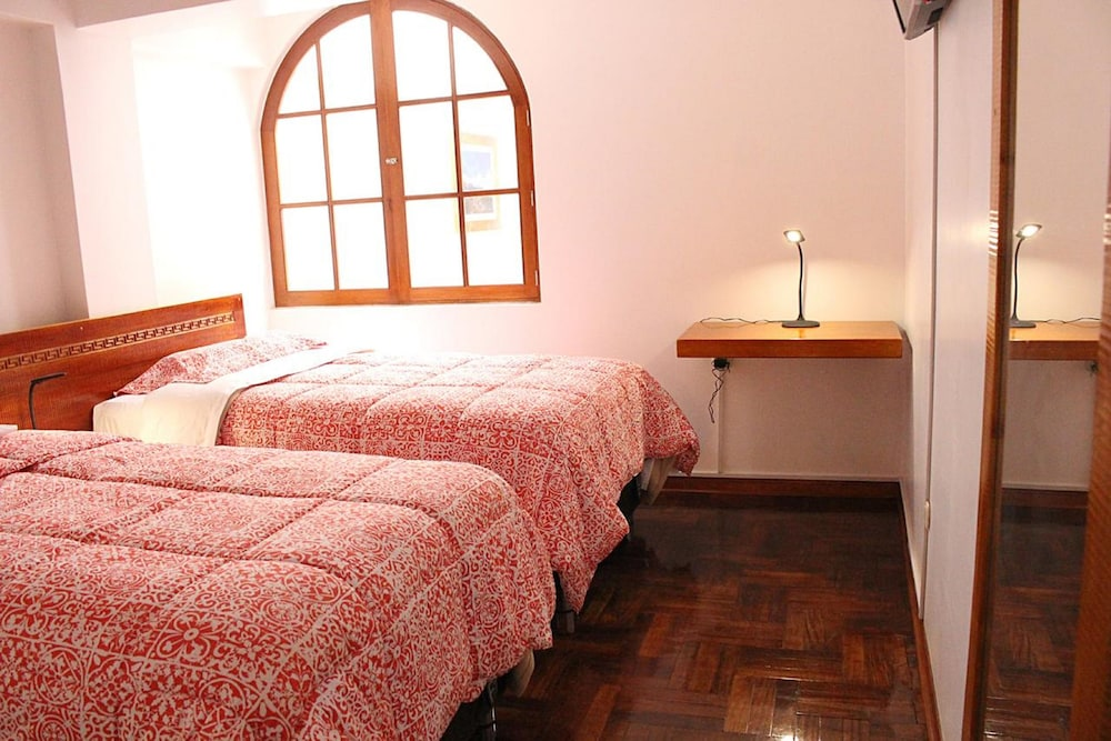 Room, Akilpo Guest House