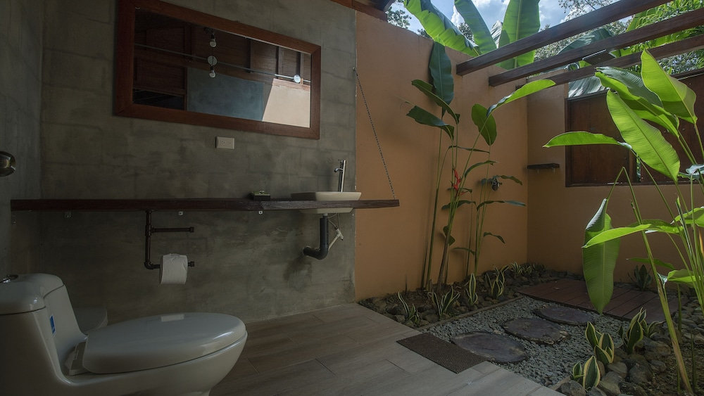 Bathroom, Boca Tapada Lodge
