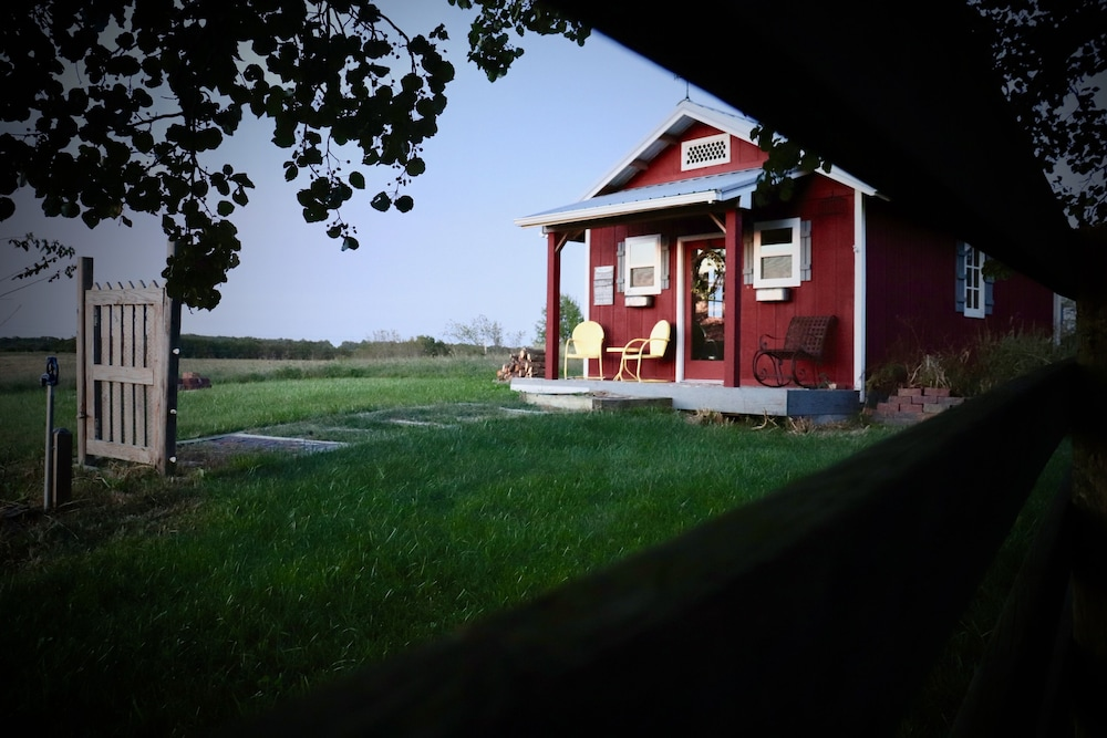 Exterior, The Sundae Cottage - A Missouri Sweet Spot , Beautiful Views, Secluded ?